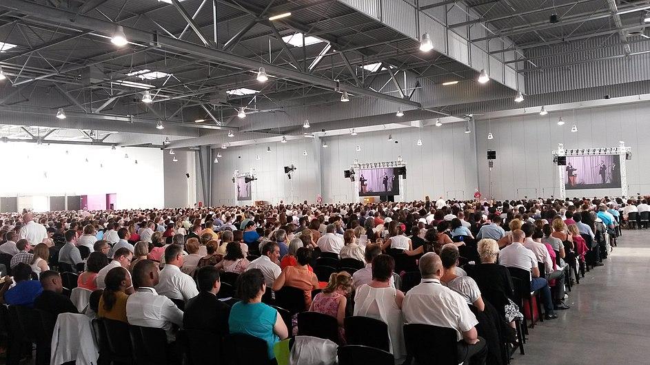 Assemblée régionale des Témoins de Jéhovah à Châlons en Champagne 2016.jpg