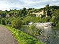 Ausblick vom 366 km langen Neckartalradweg auf den Neckar mit seinen Weinbergen bei Poppenweiler - panoramio.jpg