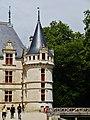 Azay-le-Rideaux Château d'Azay-le-Rideau Ostseite Türmchen 2.jpg