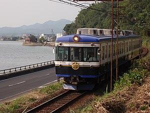 Ichibata Electric Railway - Image: BATADEN 5009F Lake Shinji Matsue Onsen