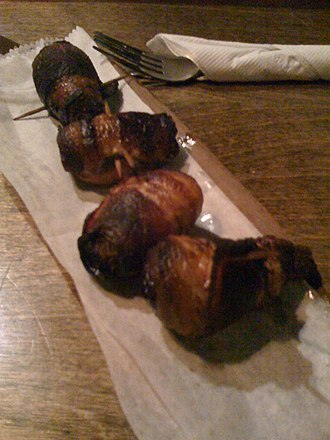 Devils on horseback - Bacon-wrapped, almond-stuffed dates
