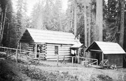 Bagby Guard Station 1913.jpg