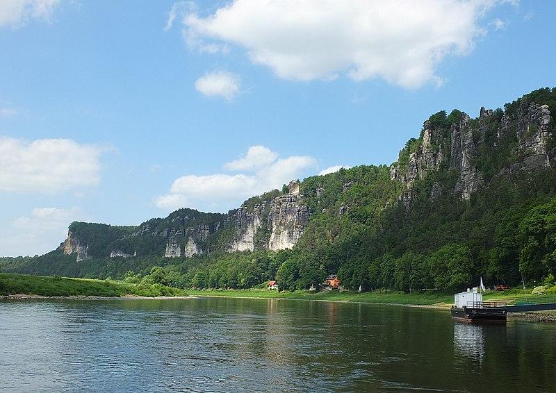 Bastei from river Elbe 01.JPG