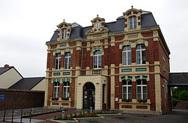 The town hall of Beaumetz-lès-Loges
