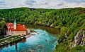 Benediktinerabtei Kloster Weltenburg am Donaudurchbruch (Analogaufnahme Nikon F5) (12207150044).jpg