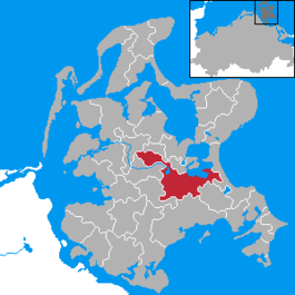 Location of Bergen auf Rügen (dark red) in Amt Bergen auf Rügen (light red) in Rügen district (grey)
