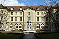 Bern Burgerspital Innenhof-1.jpg