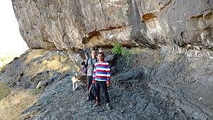 Bhaskargad - Traversing the scarp