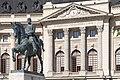 Biblioteca Centrală Universitară - Statuie Carol I.jpg