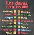 Biblioteca de bolsillo CLAVES, series con códigos de color.jpg