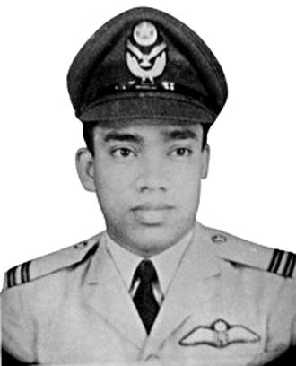 Matiur Rahman (military pilot) - Matiur Rahman ranked as Flt. Lt. (c.1967)