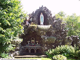 Grotto any type of natural or artificial cave that is associated with modern, historic, or prehistoric use by humans
