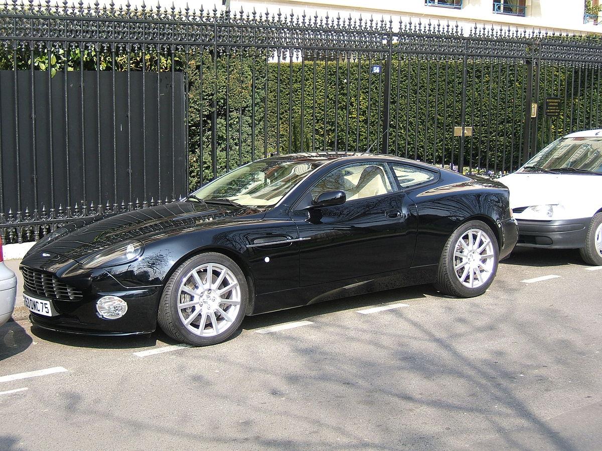 File Black Aston Martin Vanquish S Jpg Wikimedia Commons