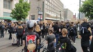 File:Black Lives Matter Berlin 6.6.2020 Schweigedemo video.webm