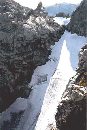 "Hochkalter - View from the climb over the ""Schönen Fleck"" of the Blaueis (ca. 1985)"