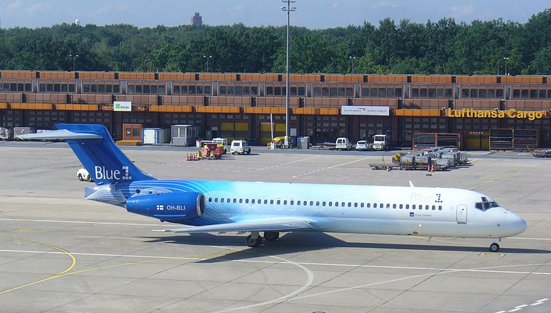 File:Blue1 Boeing 717.jpg