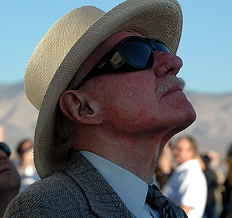 Bob Hoover - Hoover at the final launch of SpaceShipOne in 2004