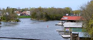 Bobcaygeon - Bobcaygeon and the Trent-Severn Waterway