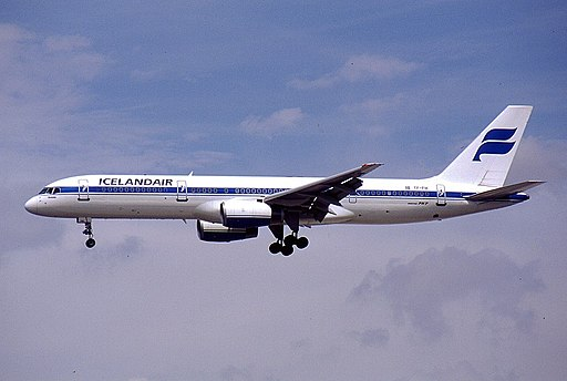 Boeing 757-28A, Icelandair AN0164689