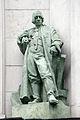 Bratislava skulptura Komenskeho namestie.jpg