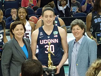 John R. Wooden Award - Breanna Stewart, 2015 and 2016 winner