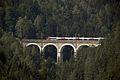 Breitenstein - Semmeringbahn - Viadukt Kalte Rinne - gezoomt vom Weinzettelfeld.jpg