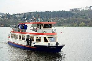 Brno, přehrada, Sokolské koupaliště, loď Lipsko (01).jpg