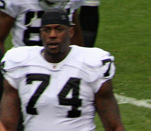 Bruce Campbell (gridiron football) - Campbell with the Oakland Raiders in October 2010.