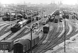 Dresden-Friedrichstadt station - The marshalling yard tracks in 1980