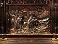 Busto-reliquiario di san servazio, in rame dorato con gemme, 1580 ca., storie 04.jpg