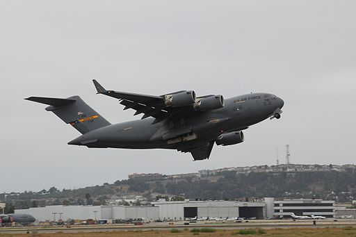 C-17 Wing Wag (6341853785) (2)