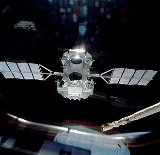 The Compton Gamma Ray Observatory is released into orbit by the Space Shutte in 1991, and it would operate until the year 2000 CGRO s37-96-010.jpg