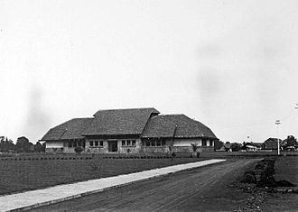 Bogor Agricultural University - The Nederlandsch Indiche Veeartsenschool in the 1920s