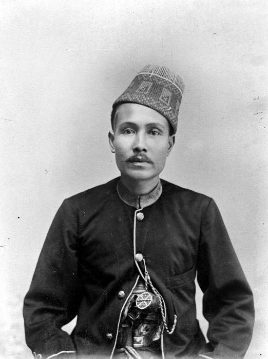 COLLECTIE TROPENMUSEUM Portret van de Sultan van Atjeh TMnr 10001853