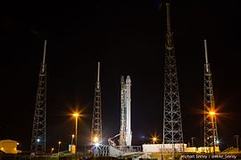 CRS5 Falcon9 On The Pad (15625782083).jpg