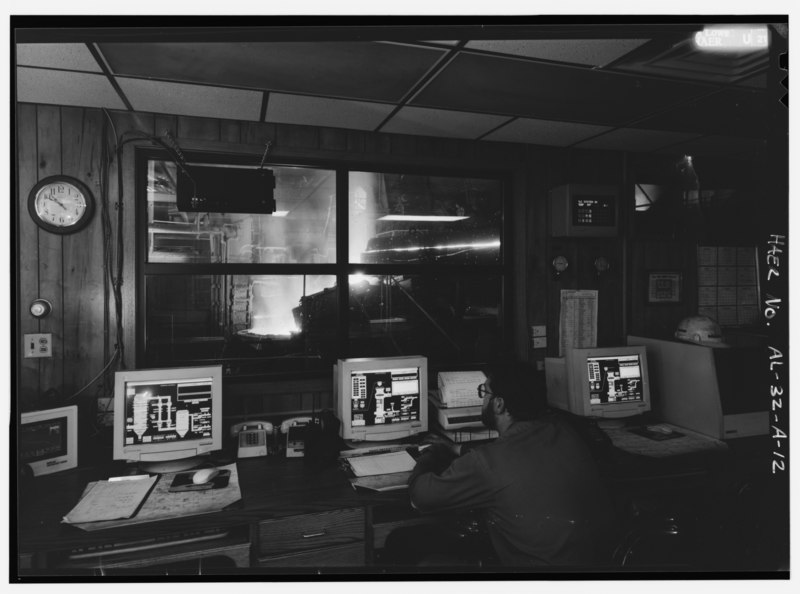 File:CUPOLA CONTROL ROOM, VIEW OF CUPOLA and TURNTABLE THROUGH WINDOW. - United States Pipe and Foundry Company Plant, Melting and Treatment Areas, 2023 St. Louis Avenue at I-20-59, HAER ALA,37-BES,6A-12.tif