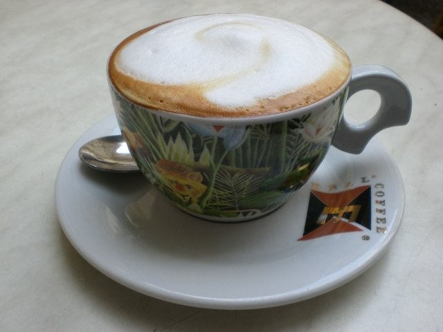 Cappuccino as being served at Ebel Café Prague