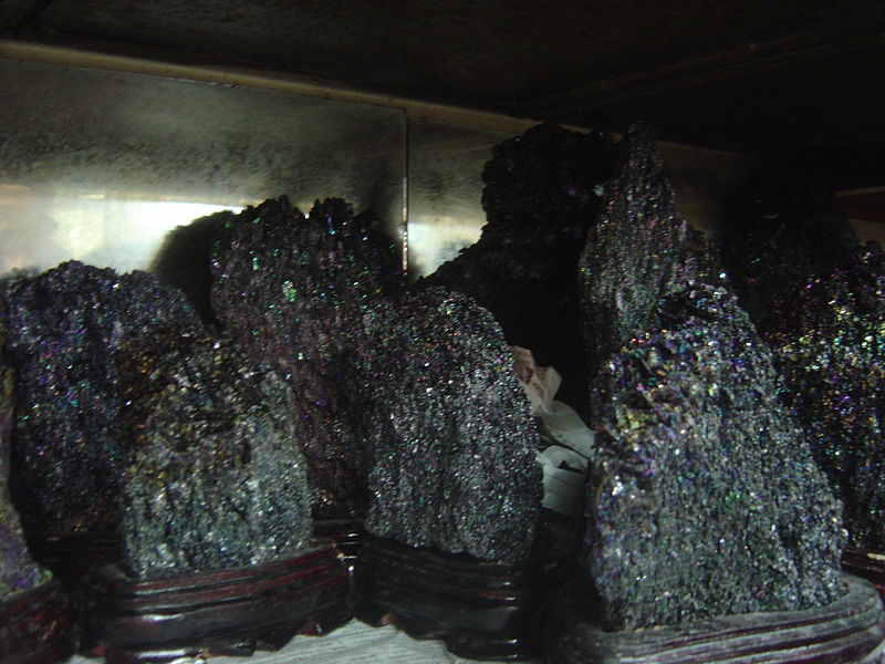 File:Carborundum ou moissanite artificielle.jpg