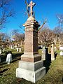 Cartopartie dans le cimetière Mont-Royal. 02.jpg