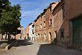 Cases a l'entrada del poble vell de Belchite.JPG