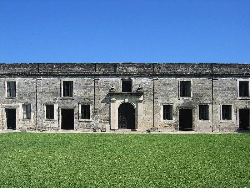 File:Castillo de San Marcos Fort Wall.JPG