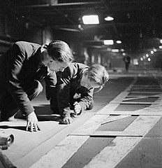 Cecil Beaton Photographs- Tyneside Shipyards, 1943 DB23.jpg