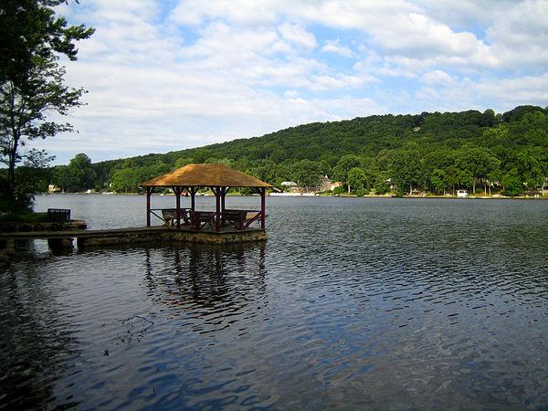 Cedar Lake (IN) United States  city photo : cedar lake new jersey cedar lake is a 99 acre 40 ha residential lake ...