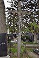 Cemetery Schwechat 02.jpg