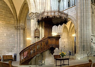Reformed worship - Pulpit of St. Pierre Cathedral, where John Calvin preached