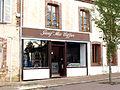 Champignelles-FR-89-commerce-25.jpg