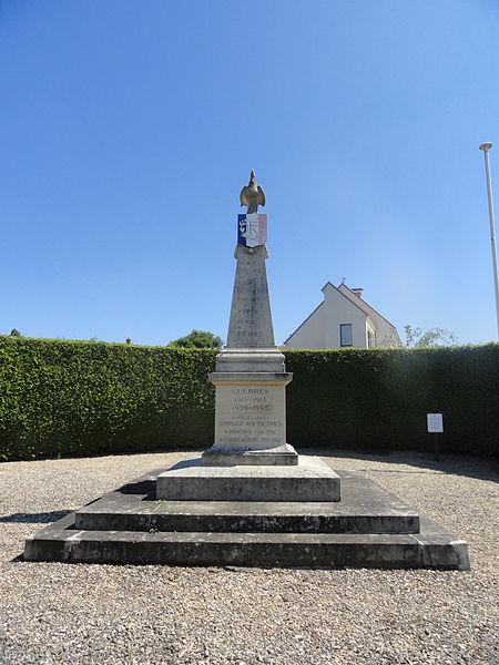 Le monument aux morts de Champillon.