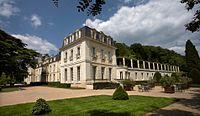 Chateau de rochecotte.jpg