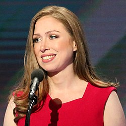 Chelsea Clinton DNC July 2016 (cropped1).jpg