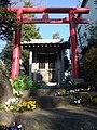 Chota Inari Shrine (長太稲荷社) - panoramio.jpg